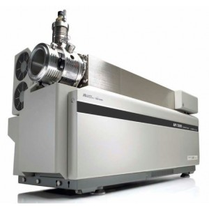 API 3200 LC/MS/MS with Shimadzu Prominence HPLC